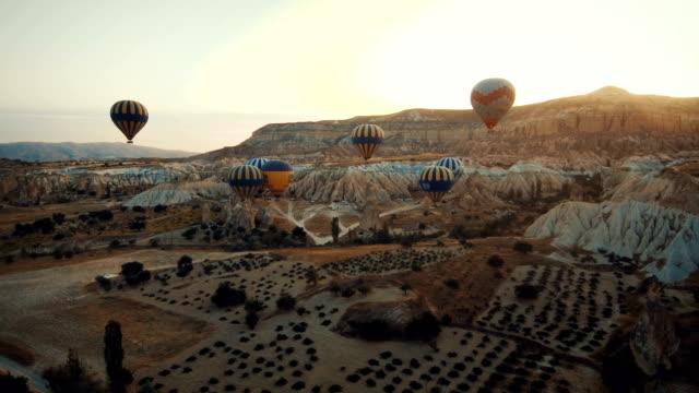 kappadokien, ballongflygning - anatolien bildbanksvideor och videomaterial från bakom kulisserna
