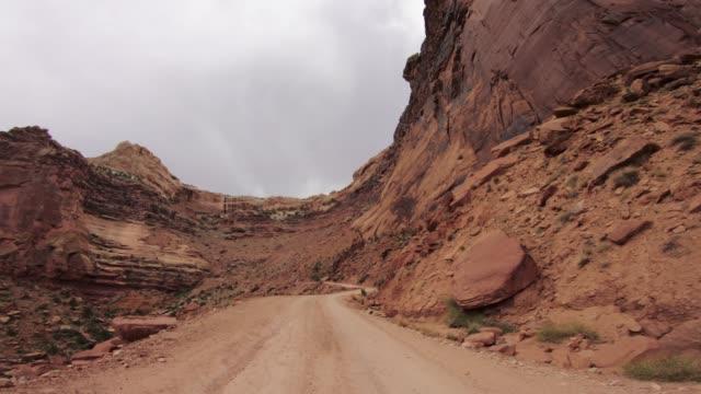 POV Auto off-Road fahren auf Shafer Trail in den Canyon, Moab – Video