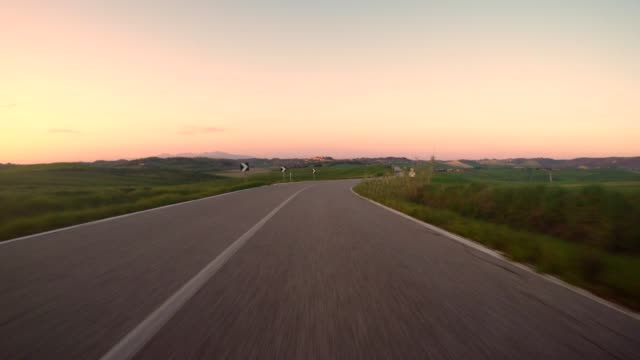 car point of view driving in the italian hills - grandangolo tecnica fotografica video stock e b–roll