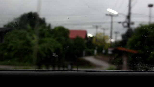 car run on road video