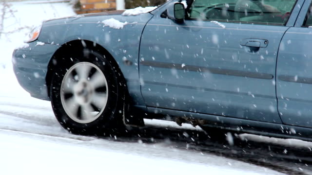auto tempesta di neve - scivolo video stock e b–roll