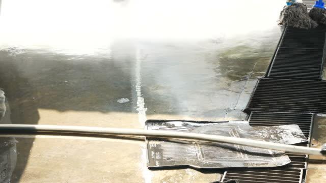 biltvätt, bilmattor - surf garage bildbanksvideor och videomaterial från bakom kulisserna