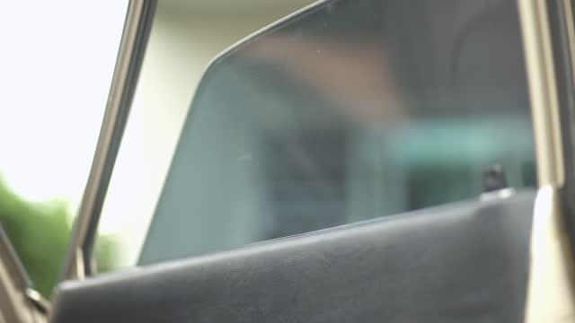 Car window opens and close - Retro Car