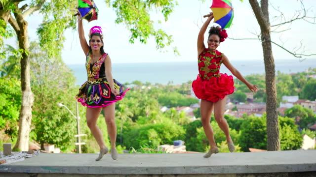 vídeos de stock, filmes e b-roll de carnaval brasil - nordeste