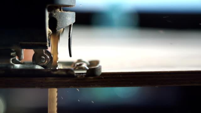 Puzzle de travail de charpentier - Vidéo