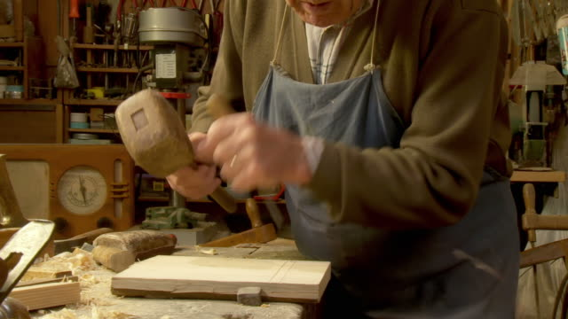 HD DOLLY: Carpenter Working video