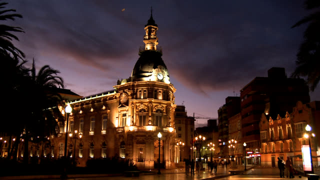 cartagena at evening. - walking home sunset street bildbanksvideor och videomaterial från bakom kulisserna