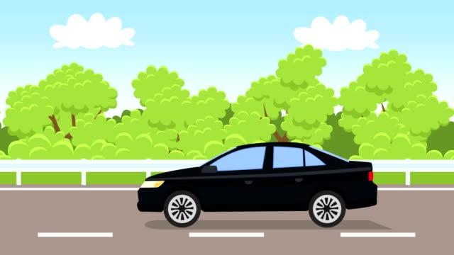 vídeos de stock, filmes e b-roll de animação lisa do carro azul dos desenhos animados que conduz ao longo da opinião lateral da estrada - veículo terrestre