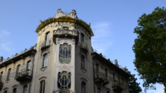 Casa Fenoglio Lafleur is a historic building in Turin Turin, Piedmont region, Italy. 11 May 2018. Casa Fenoglio Lafleur is a historic building in Turin, emblem of the city's Art Nouveau style. Focus on the corner facade. bay window stock videos & royalty-free footage