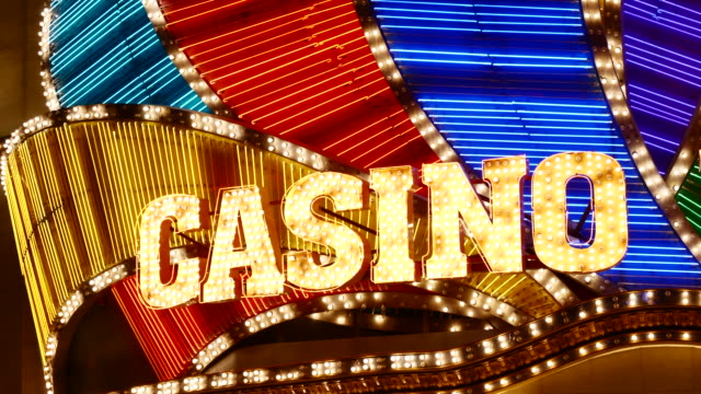 luce del casinò a las vegas - gioco d'azzardo video stock e b–roll