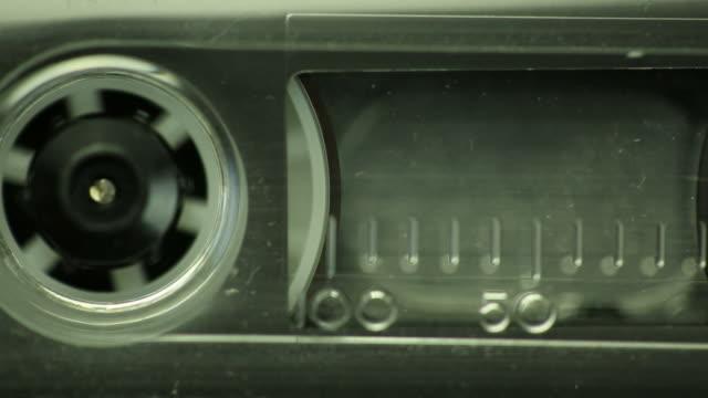 cassetta nastro - attrezzatura per la musica video stock e b–roll