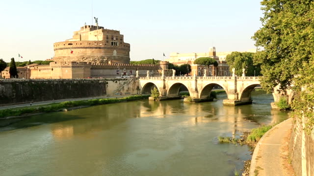 Castel Sant'angelo and Ponte Sant'Angelo video