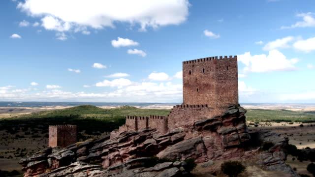 vídeos de stock, filmes e b-roll de castillo de zafra - castelo