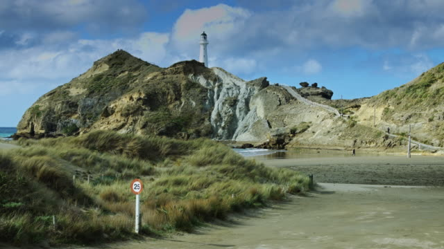 Castlepoint Lighthouse and Lagoon video