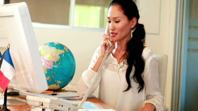 casual businesswoman having phone call - travel agent stock videos and b-roll footage