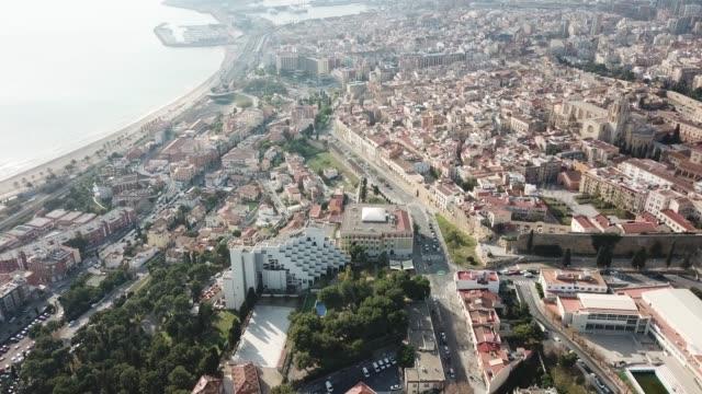 vídeos de stock e filmes b-roll de catalan city of tarragona with ancient amphitheatre - frente ao mar
