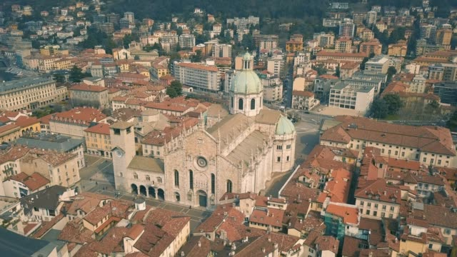 cathedral of como - lombardia video stock e b–roll