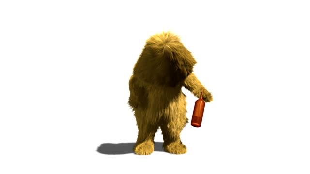 cavernicolo è ubriaco con canale alfa - yeti video stock e b–roll