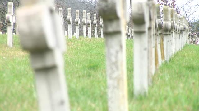 vidéos et rushes de hd: cimetière - première guerre mondiale