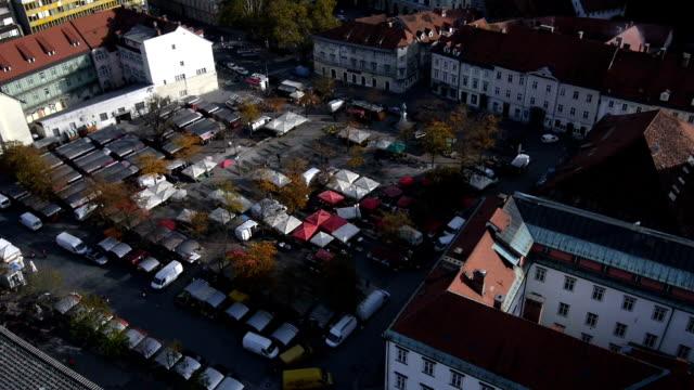 veduta aerea: mercato centrale place - barocco video stock e b–roll