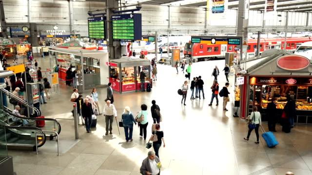 centralstationen i münchen - munich train station bildbanksvideor och videomaterial från bakom kulisserna