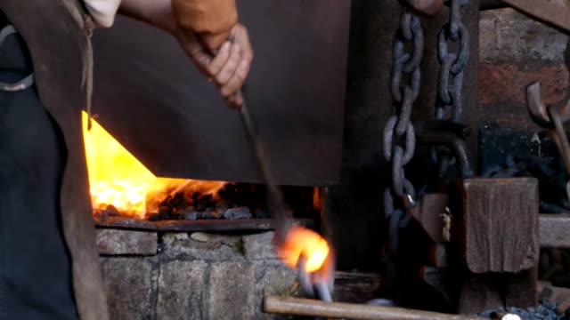 Chain Making - rounding the weld. video