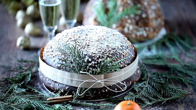 champagne and sweet breads - panettone video stock e b–roll
