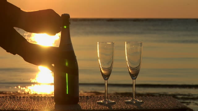 HD: Champagne On The Beach video