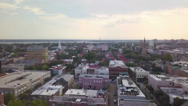 charleston, sc, usa - stadtviertel stock-videos und b-roll-filmmaterial