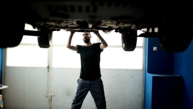 Charming mechanic man video