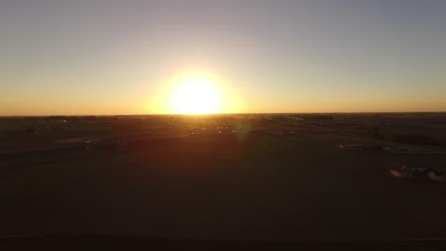 Chasing paragliter video