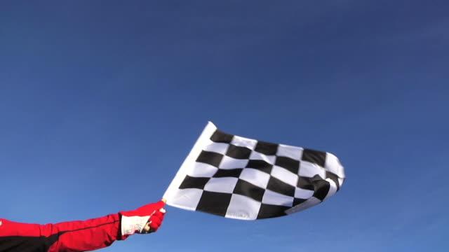 vídeos y material grabado en eventos de stock de bandera de cuadros de velocidad completa - meta