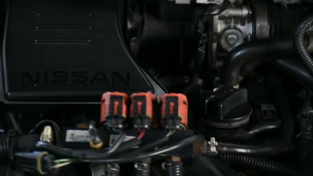 Checking car engine video