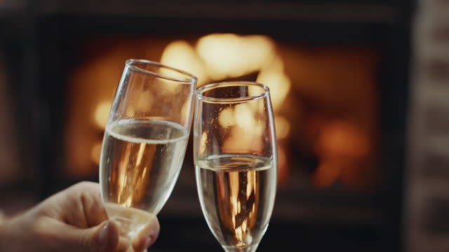 vidéos et rushes de à votre santé! - flûte à champagne
