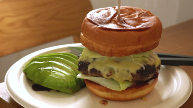 Cheeseburger Beef Served with avocado.