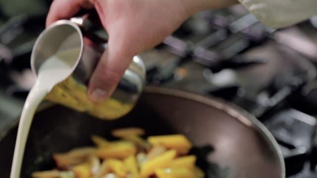 Chef preparing carbonara Chef preparing carbonara macaroni stock videos & royalty-free footage