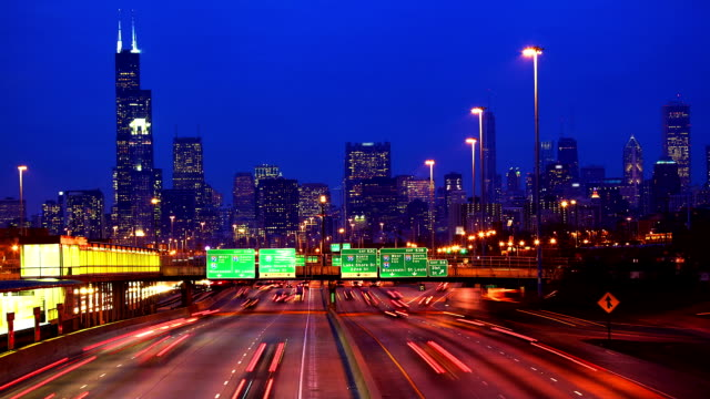 Chicago skyline and traffic video