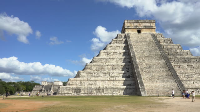 chichen itza ruins : dolly shot moving to left - landmarks stock videos and b-roll footage