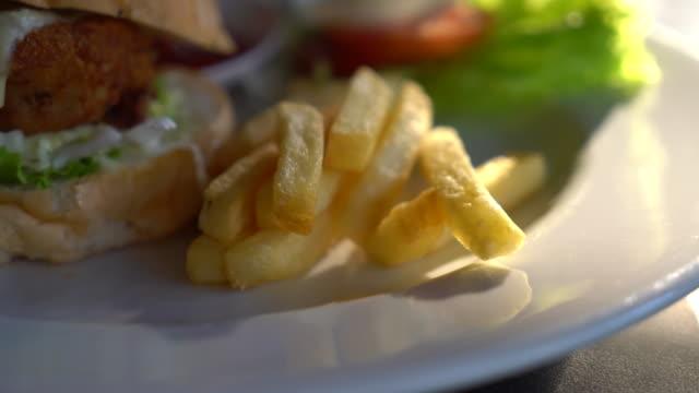 chicken burger video