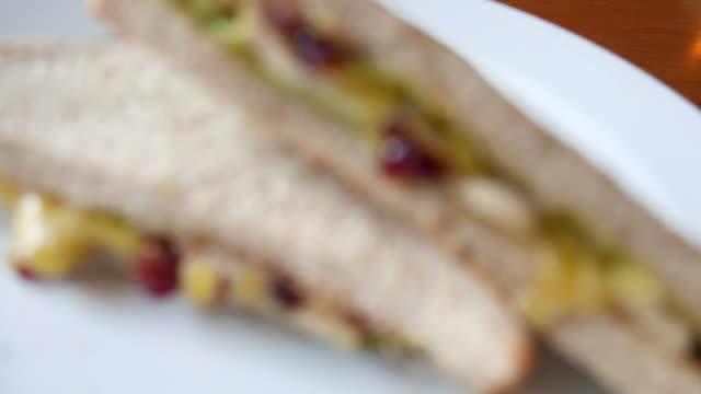 Chicken sandwich video