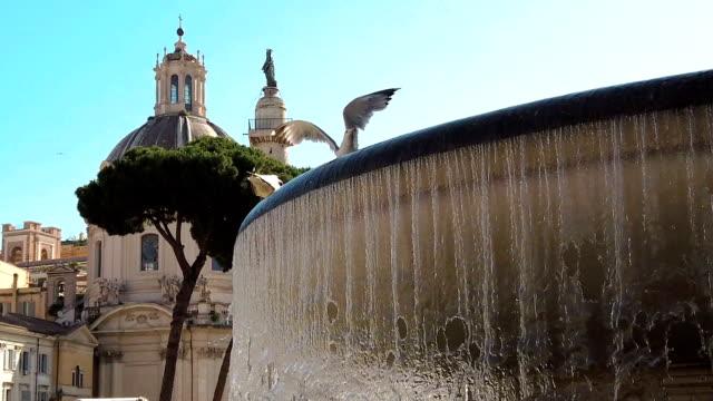 Chiesa di santa maria di loreto dome and fountain in Rome video