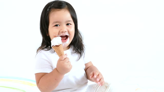 Child eating ice cream video