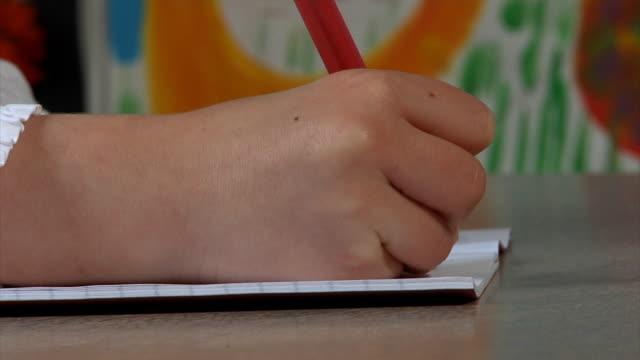 Kind Schreiben – Video