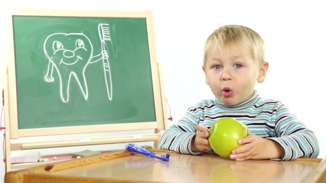 children's dental hygiene lessons video