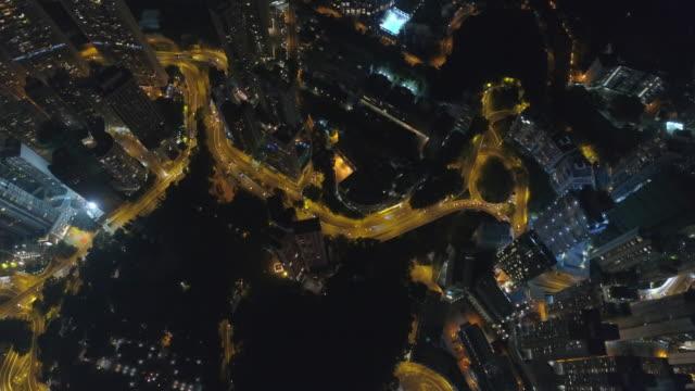 la Chine nuit lumière hong kong Centre Varosliget aérienne bas panorama 4k - Vidéo