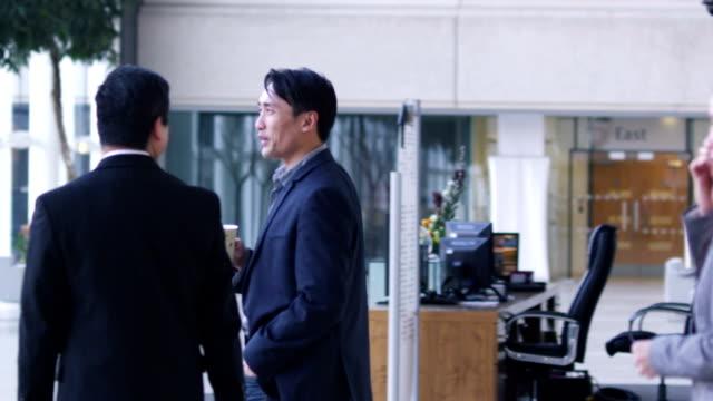 中華街のビジネスの人々 - 政治家点の映像素材/bロール