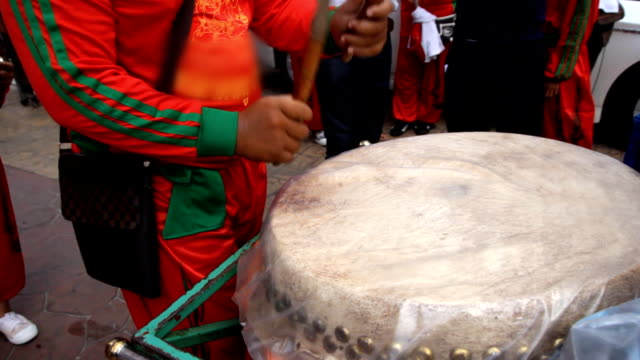 Chinese drum performing video