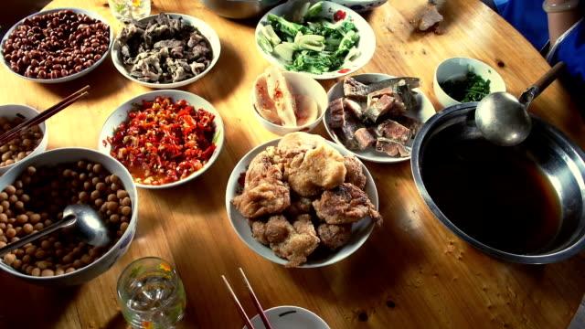 Comida china - vídeo