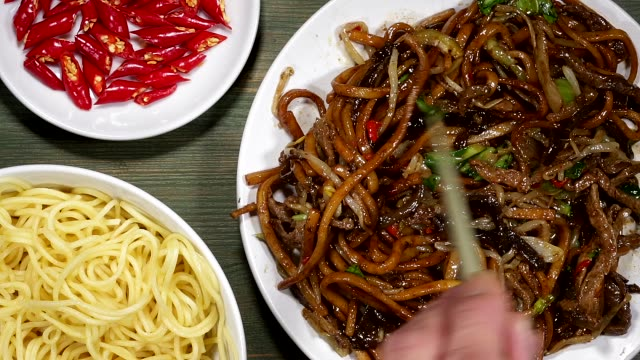 Chinese Fried Beef And Udon Noodles video
