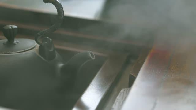 chinese kettle - teiera video stock e b–roll